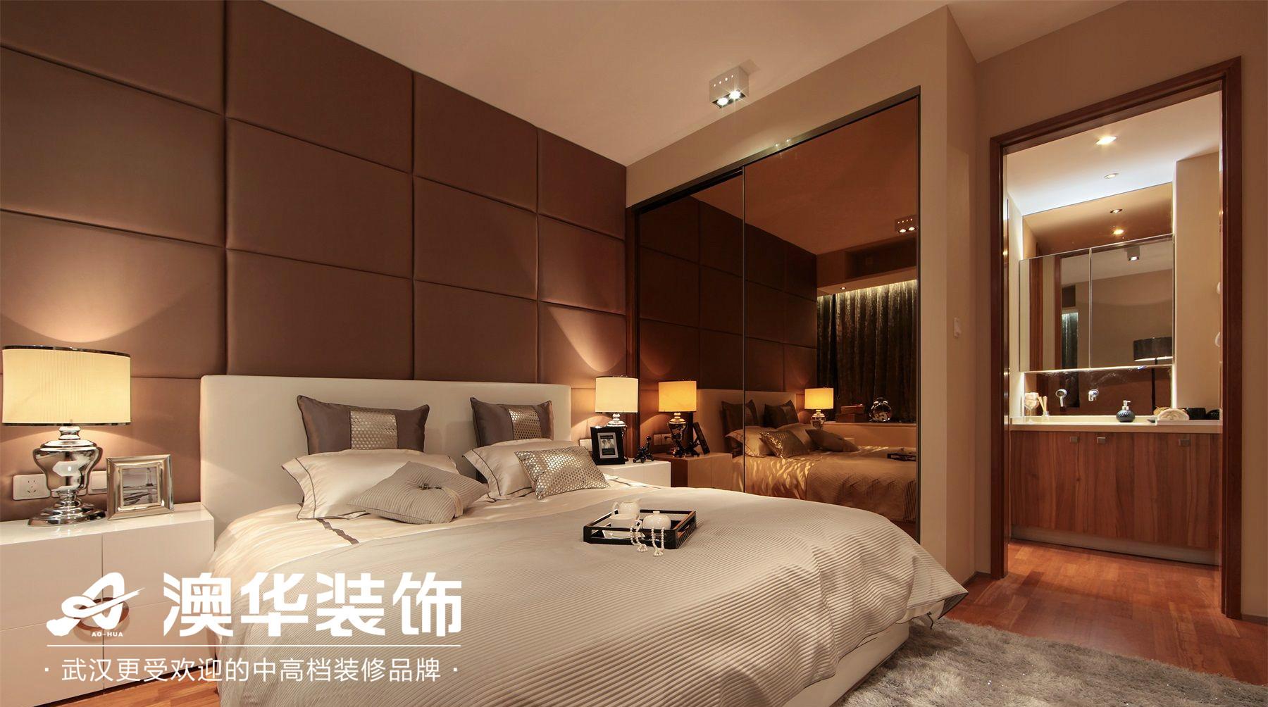 卧室图片来自澳华装饰有限公司在汉口湖畔·现代风格的分享