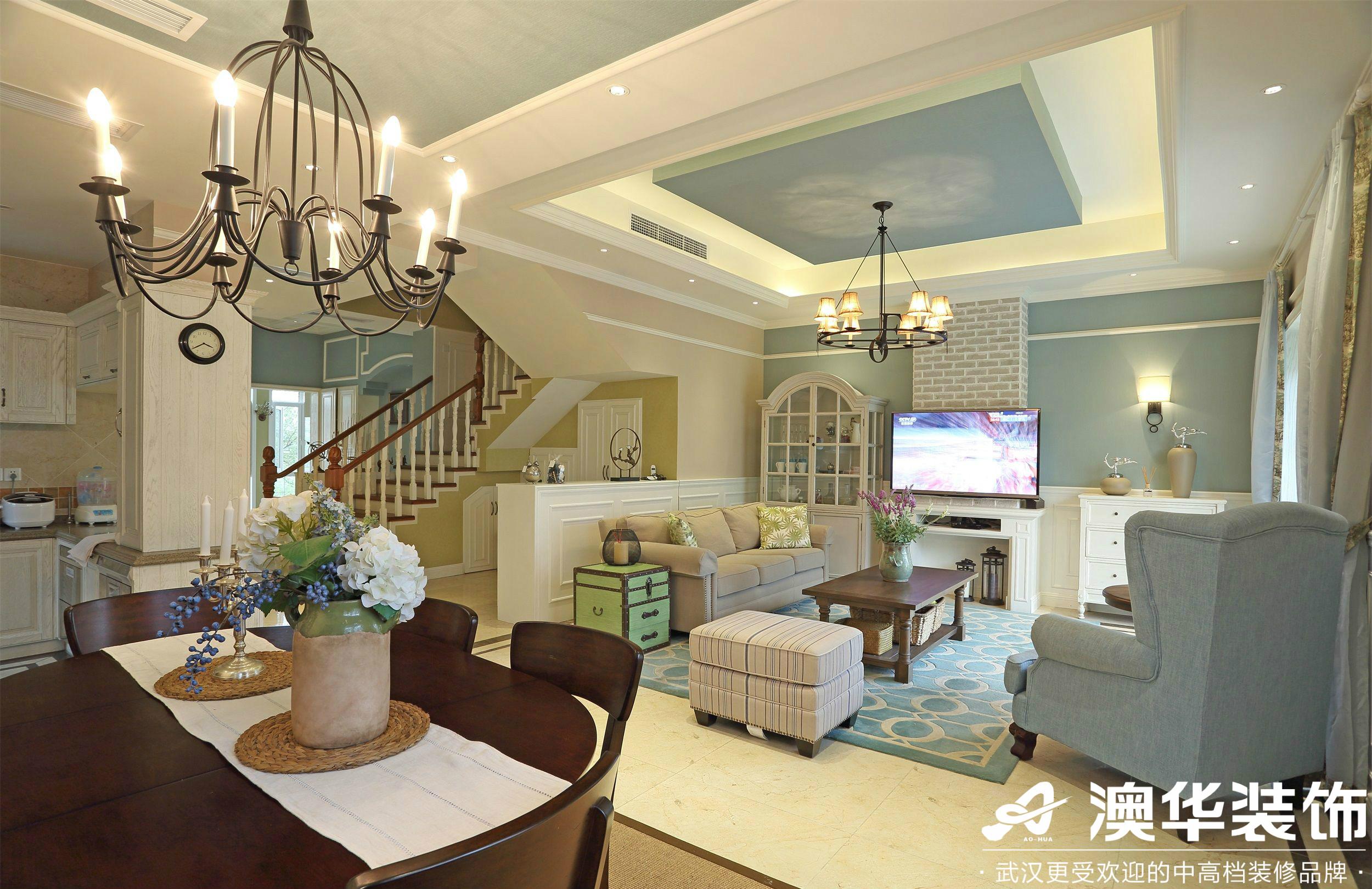 客厅图片来自澳华装饰有限公司在华润中央公园·美式风格的分享