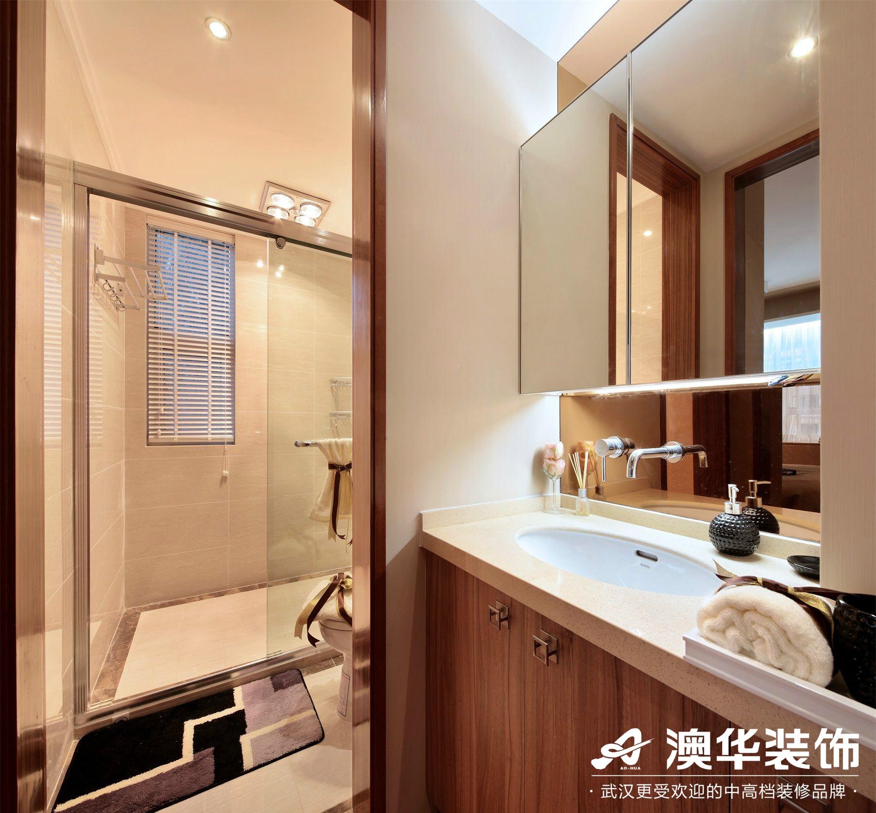 卫生间图片来自澳华装饰有限公司在汉口湖畔·现代风格的分享