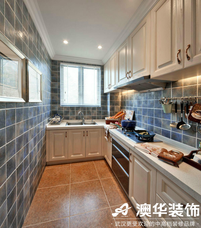 厨房图片来自澳华装饰有限公司在世茂林屿岸·法式风格的分享