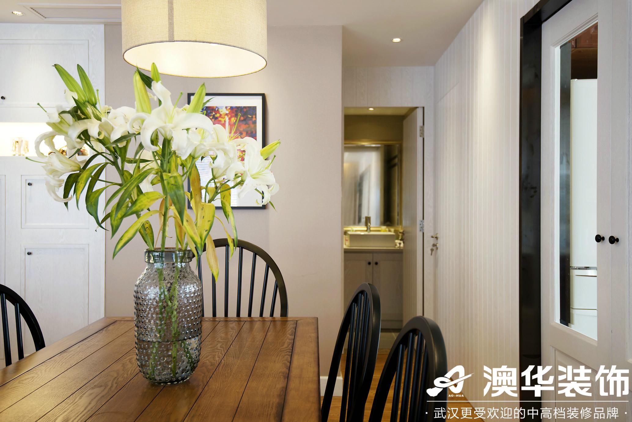 客厅图片来自澳华装饰有限公司在远洋世界剑桥郡美式风格的分享