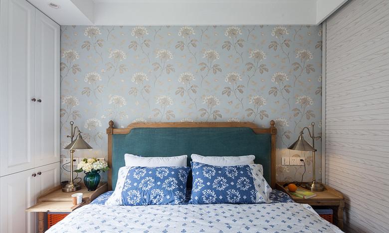 现代 时尚 三居 80后 卧室图片来自九鼎建筑装饰工程有限公司成都分在朗基天香98平简约时尚风的分享