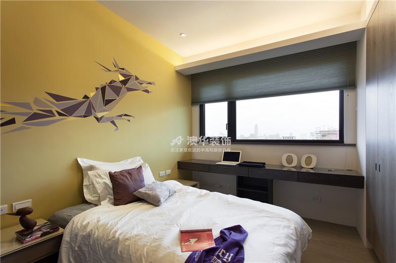 卧室图片来自澳华装饰有限公司在清江泓景·现代摩登腔调的分享