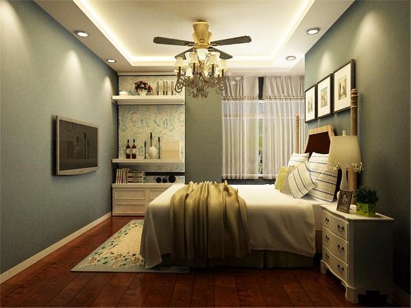 卧室带有飘窗,显得更加通透,家具的风格也较为简单舒适,简单大气略带有时尚的感觉,但又不会显得轻浮。