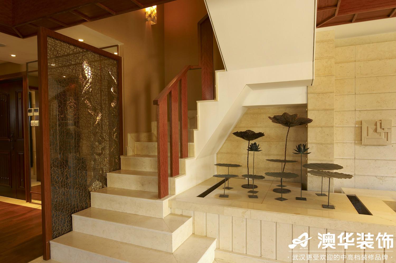 楼梯图片来自澳华装饰有限公司在碧桂园生态城·东南亚风格的分享