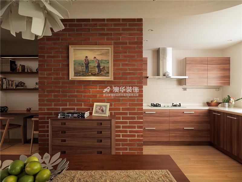厨房图片来自澳华装饰有限公司在万科红郡·现代配色,鲜活青春的分享