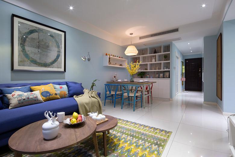 现代 时尚 三居 80后 客厅图片来自九鼎建筑装饰工程有限公司成都分在朗基天香98平简约时尚风的分享
