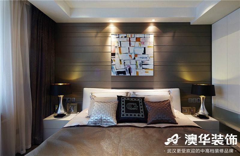 卧室图片来自澳华装饰有限公司在观澜御璟台·港式风格的分享