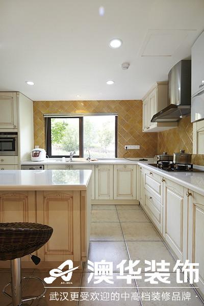 厨房图片来自澳华装饰有限公司在楚天都市沁园·现代风格的分享