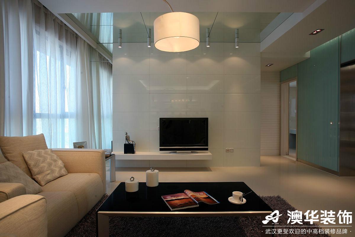 客厅图片来自澳华装饰有限公司在万达御湖世家·现代风格的分享