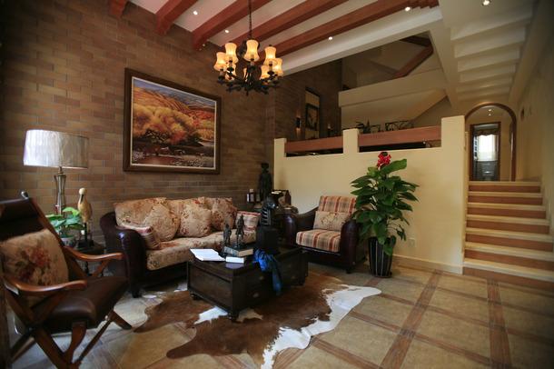 别墅 美式风格 嘉年华装修 水蓝郡 263平 客厅图片来自武汉嘉年华装饰在传统的美式风格彰显别墅贵气的分享