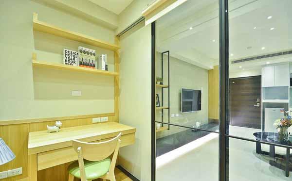 二居 小资 书房图片来自上海潮心装潢设计有限公司在50平二居室装修日式风增温润质感的分享