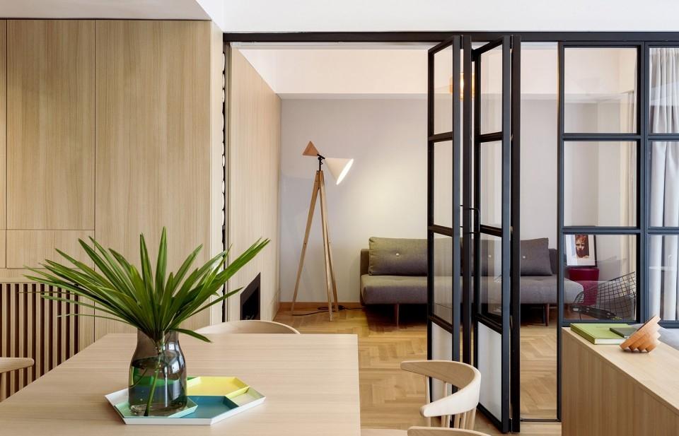 客厅图片来自二十四城装饰重庆分公司在重庆装修公司:融创凡尔赛的分享