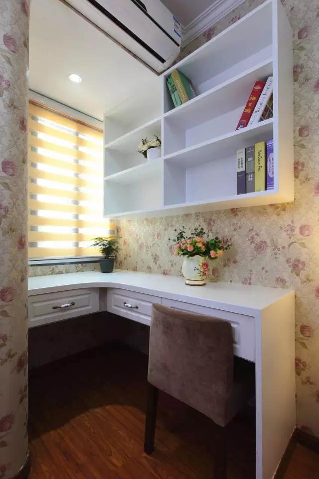 简约 欧式 田园 混搭 二居 三居 别墅 白领 收纳 书房图片来自实创装饰晶晶在86㎡美式混搭两居室的分享