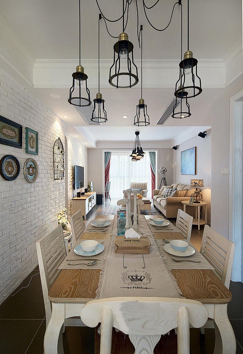 三居 混搭 餐厅图片来自北京大成日盛装饰设计在混搭 三居室 大成装修案例欣赏的分享
