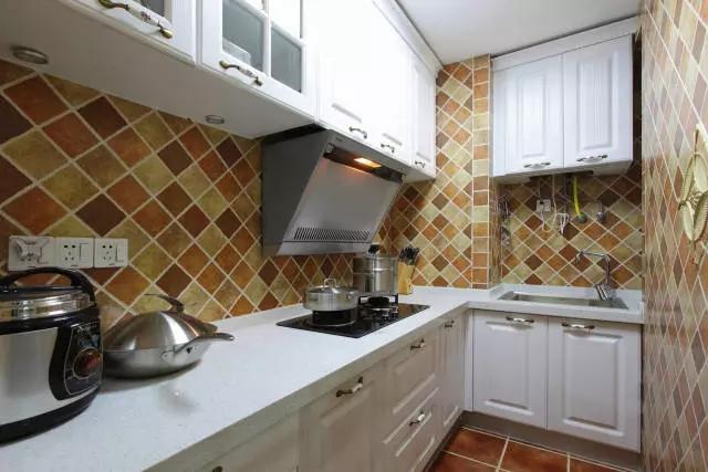 简约 欧式 田园 混搭 二居 三居 别墅 白领 收纳 厨房图片来自实创装饰晶晶在86㎡美式混搭两居室的分享