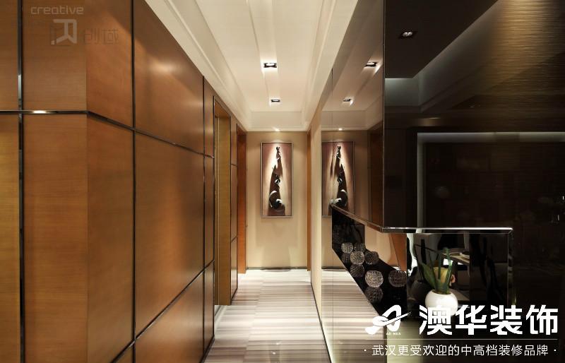 玄关图片来自澳华装饰有限公司在武汉恒大龙墅·现代风格的分享