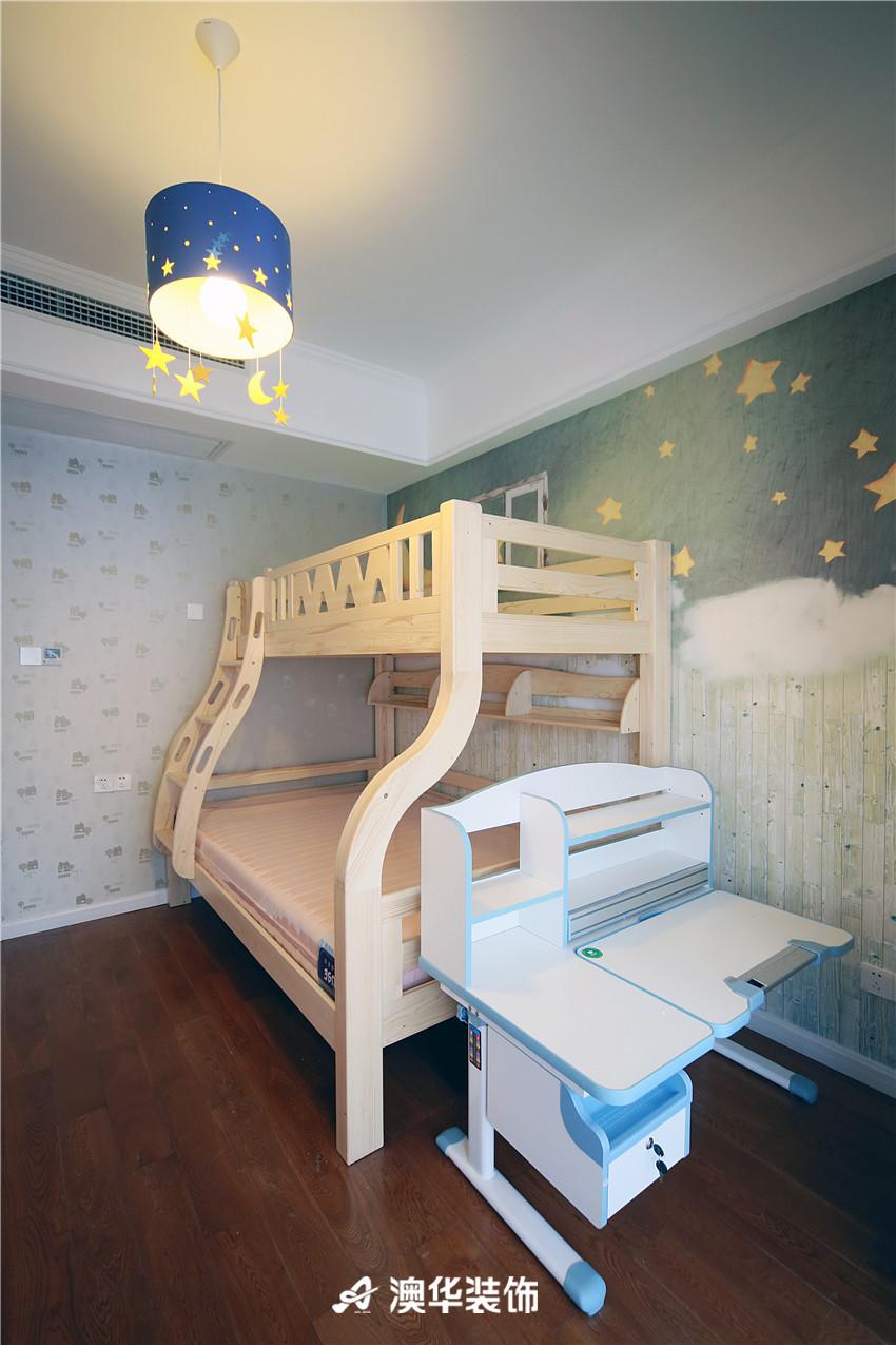 欧式 北欧 四居 白领 收纳 80后 儿童房图片来自澳华装饰有限公司在清江泓景·解密浪漫北欧风的分享