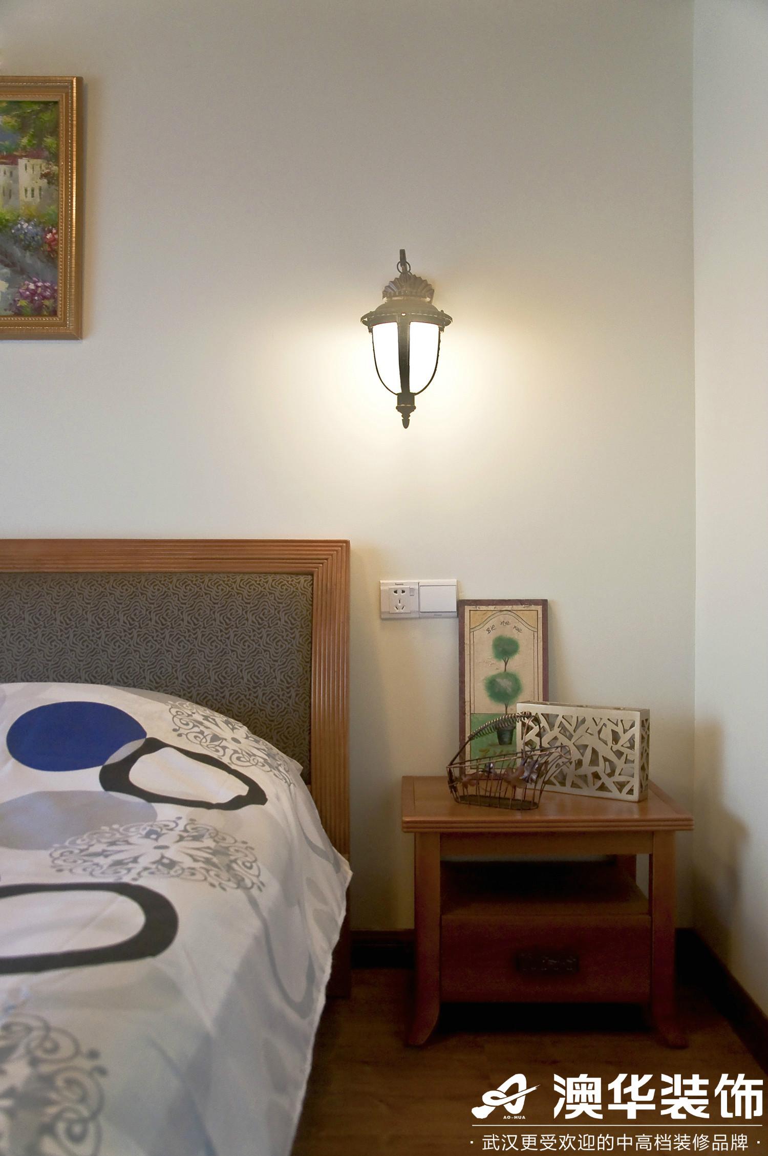 卧室图片来自澳华装饰有限公司在保利拉菲·地中海风格的分享