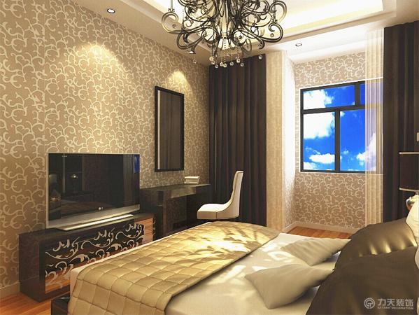 卧室以木地板为主。床和窗帘的颜色一个深一个浅做了一个对比。吊顶也是回字形但与客厅的有些许的不同,这个是两层的顶。墙面选用的是壁纸。
