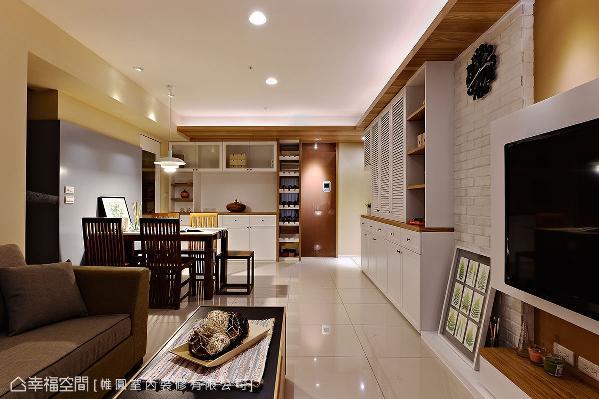 在没有置物空间的家居生活里,陈煌仁设计师创造具设计感的柜体,替公领域创造出活泼、生动的丰富表情。
