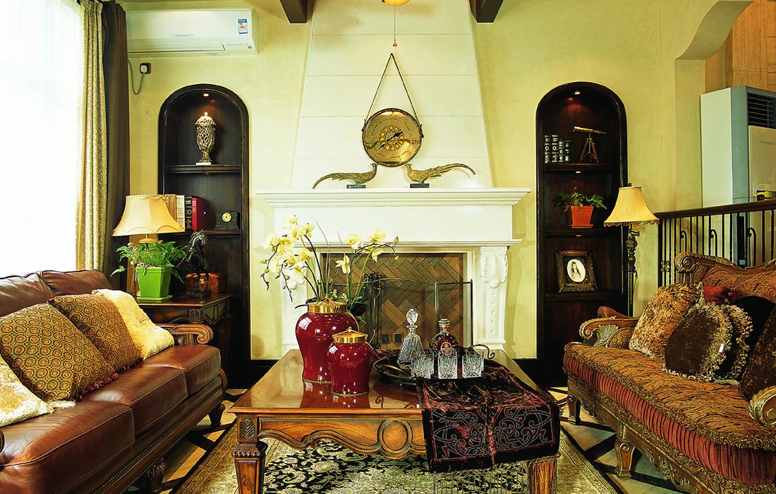 美式 四居 考究 豪宅 客厅图片来自重庆天地和豪装工厂店在殷实而丰盛的美式豪宅的分享