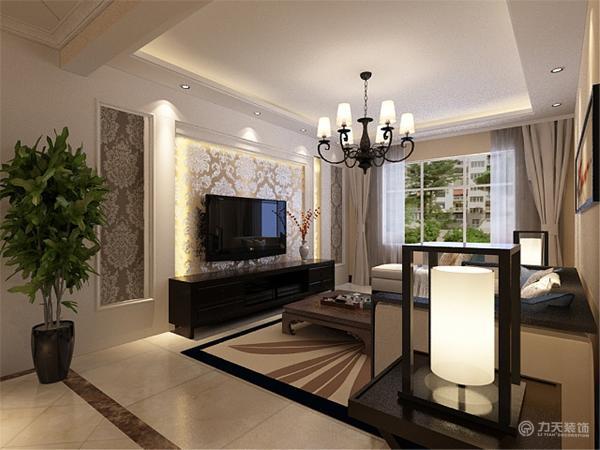 在客厅做了回字吊顶灯池。有效地划分了餐厅和客厅的空间。