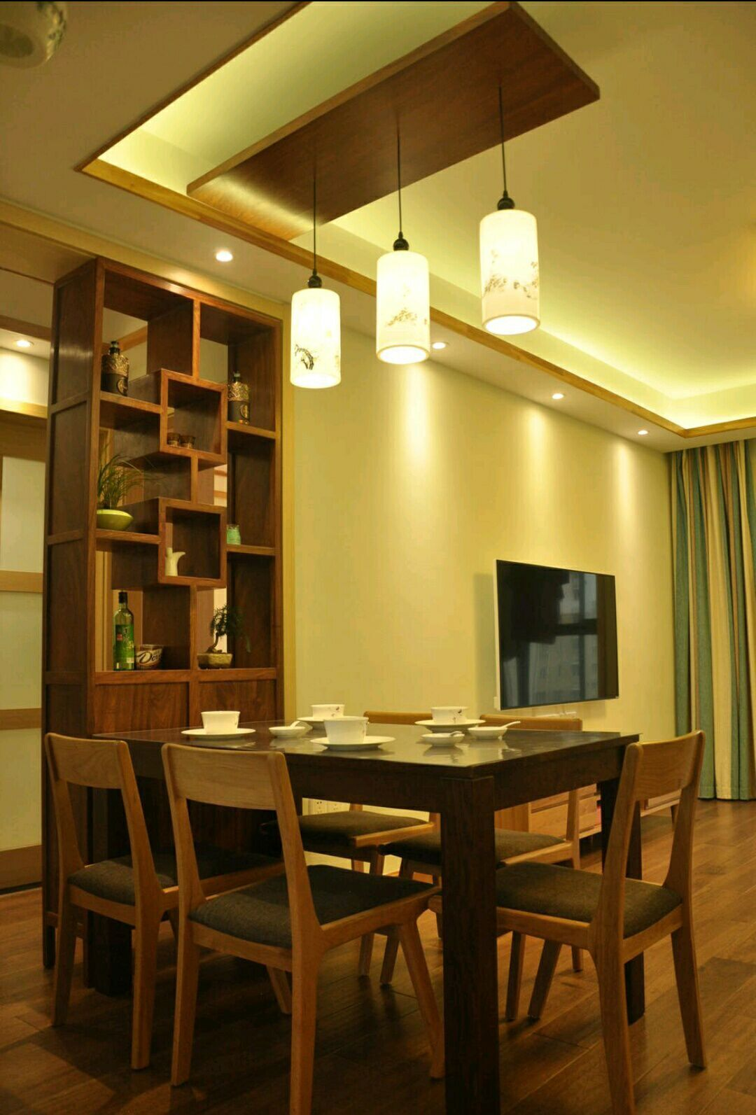 三居 日式 史丹佛公馆 95平 嘉年华装饰 餐厅图片来自武汉嘉年华装饰在苹果绿和原木色日式风格的分享