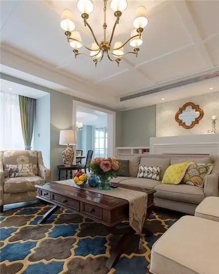 三居 二居 混搭 田园 欧式 简约 白领 收纳 旧房改造 客厅图片来自实创装饰晶晶在85后夫妻的79㎡两居室的分享