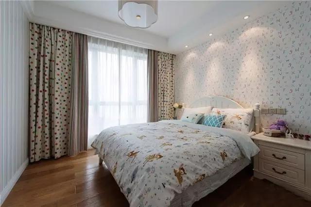 三居 二居 混搭 田园 欧式 简约 白领 收纳 旧房改造 儿童房图片来自实创装饰晶晶在85后夫妻的79㎡两居室的分享