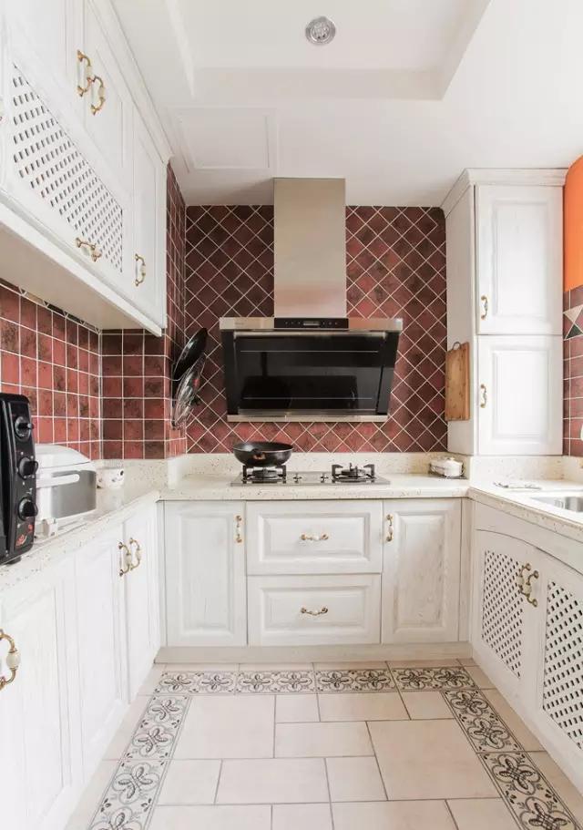 简约 欧式 田园 混搭 二居 三居 别墅 白领 收纳 厨房图片来自实创装饰晶晶在105㎡欧式大两居的分享