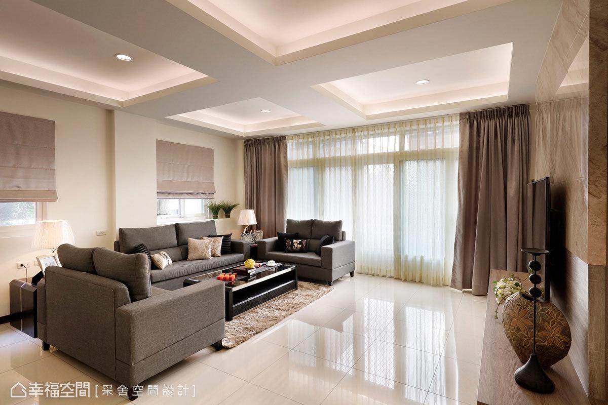 别墅 简约 现代 休闲 收纳 客厅图片来自幸福空间在254平度假天堂凝聚起家族情感的分享