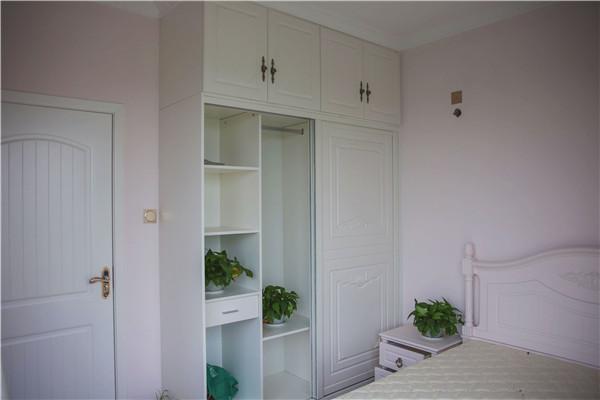 简约 欧式 二居 卧室图片来自四川幸福魔方装饰在【幸福魔方装饰】简欧风格的分享