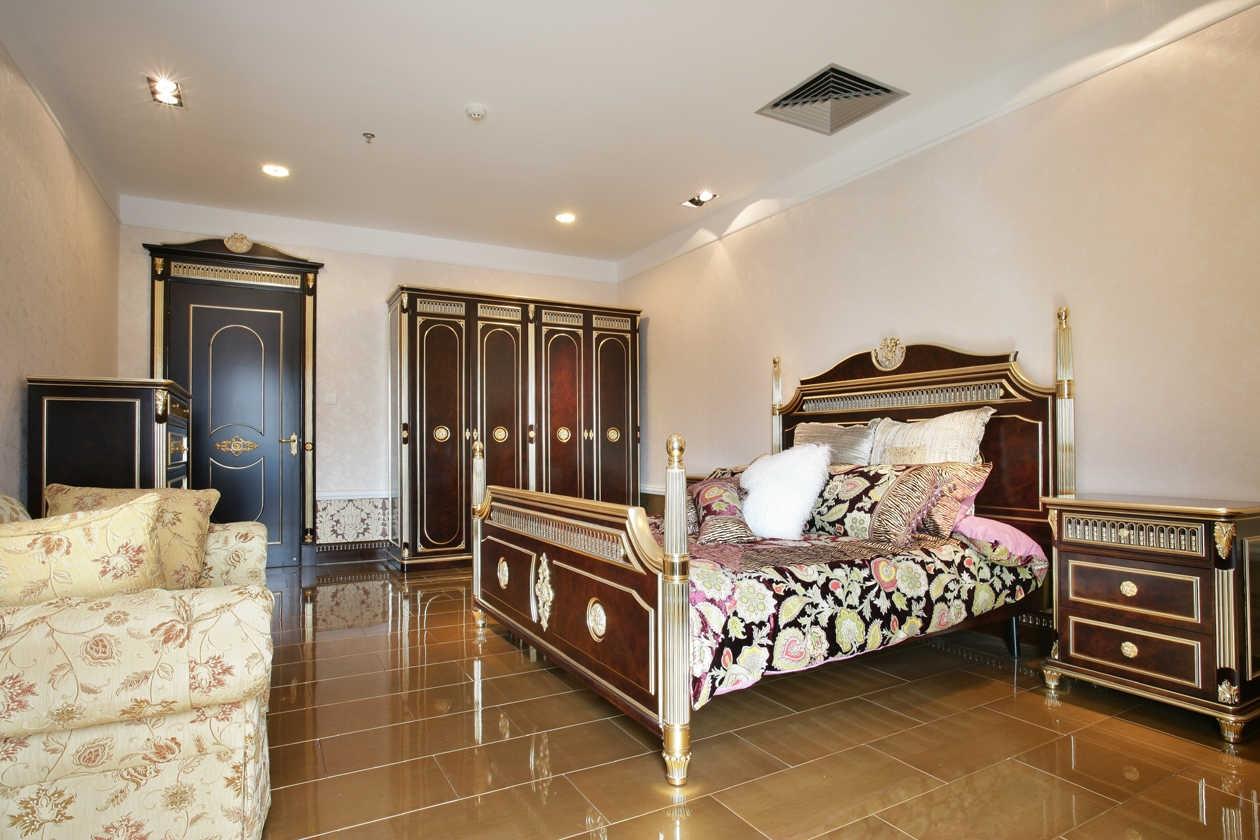 卧室图片来自北京紫禁尚品国际装饰kangshuai在首城汇景湾的分享