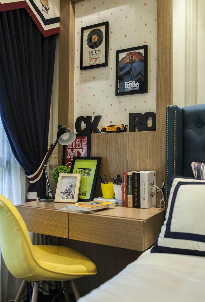 欧式 简约 混搭 客厅图片来自张勇高级室内设计师在中海国际公馆欧式设计案例效果的分享