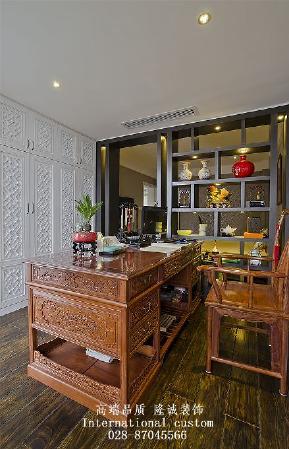 别墅 旧房改造 中式 收纳 舒适 温馨 小资 80后 白领 书房图片来自fy1831303388在三利宅院实景照的分享