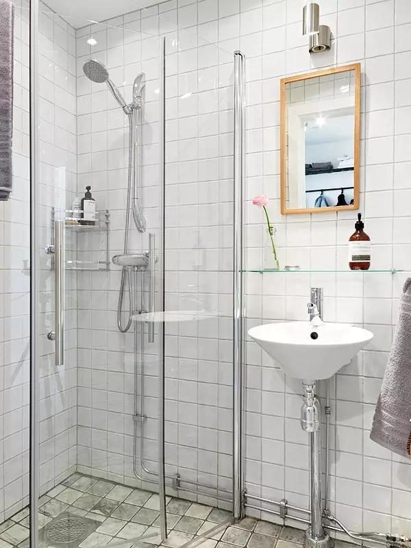 简约 欧式 田园 混搭 二居 三居 别墅 收纳 旧房改造 卫生间图片来自实创装饰晶晶在48㎡摩登公寓的分享