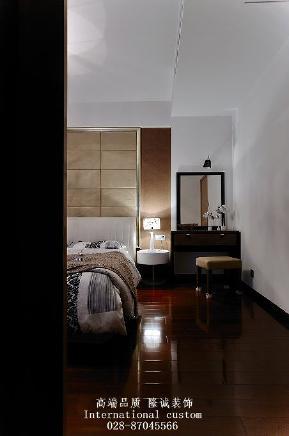 旧房改造 收纳 舒适 温馨 复式 中式 白领 80后 小资 卧室图片来自fy1831303388在华润二十四城的分享