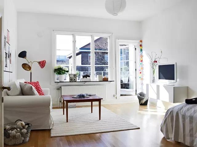 简约 欧式 田园 混搭 二居 三居 别墅 收纳 旧房改造 客厅图片来自实创装饰晶晶在48㎡摩登公寓的分享