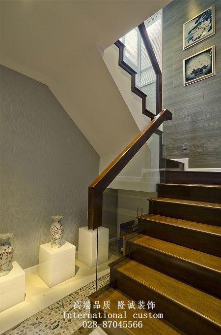 别墅 旧房改造 中式 收纳 舒适 温馨 小资 80后 白领 楼梯图片来自fy1831303388在三利宅院实景照的分享