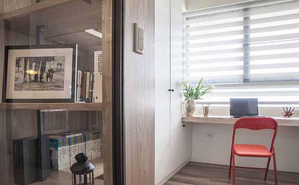 三居 小资 书房图片来自上海潮心装潢设计有限公司在龙柏三村73平美式三居室装修空间的分享