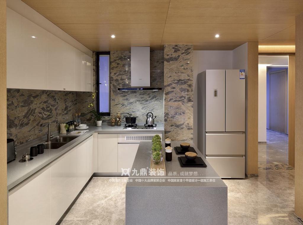简约 休闲 舒适 四居 厨房图片来自九鼎建筑装饰工程有限公司成都分在麓山国际的分享