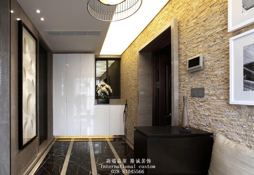 简约 二居 白领 收纳 旧房改造 80后 小资 舒适 温馨 玄关图片来自fy1831303388在世纪锦城的分享