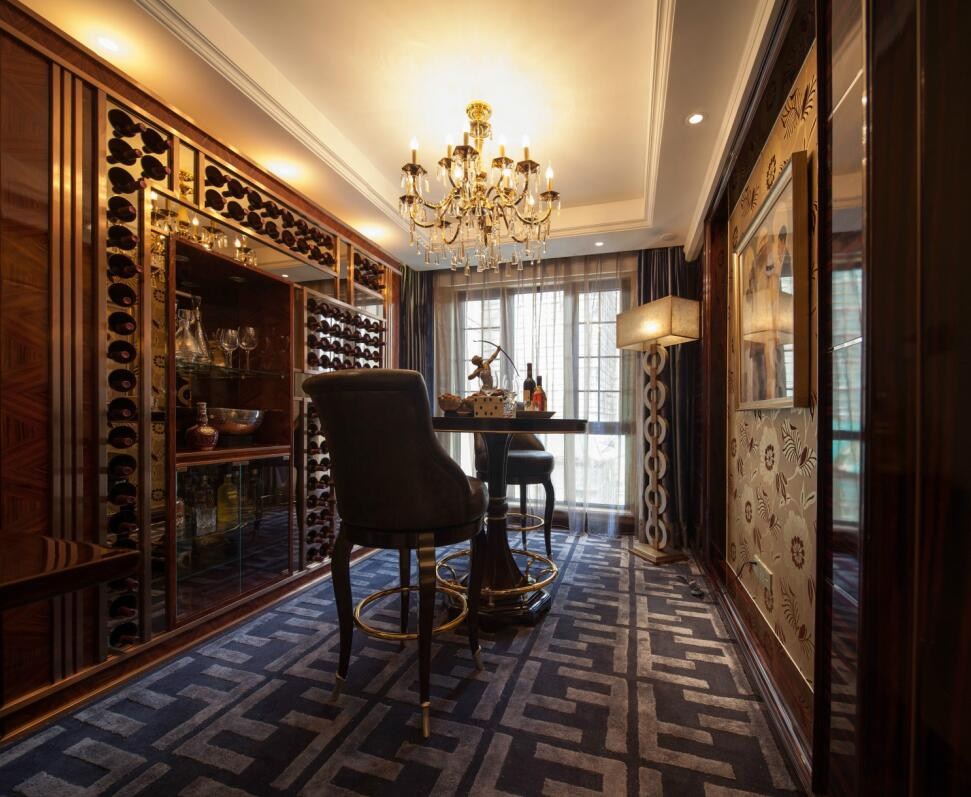 简约 欧式 田园 混搭 三居 别墅 收纳 旧房改造 二居 客厅图片来自紫禁尚品国际装饰高晓媛在稳重大气的欧式风格案例的分享