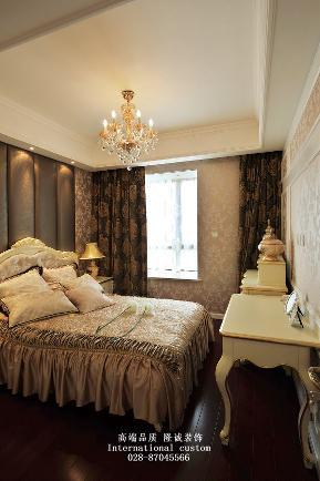 欧式 三居 白领 收纳 旧房改造 80后 小资 舒适 温馨 卧室图片来自fy1831303388在中德英伦的分享