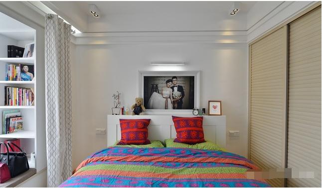 简约 二居 卧室图片来自西安紫苹果装饰工程有限公司在曲江意境的分享