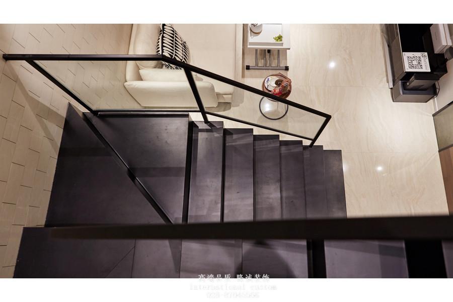 简约 白领 收纳 旧房改造 80后 小资 舒适 温馨 复式 楼梯图片来自fy1831303388在海棠湾的分享