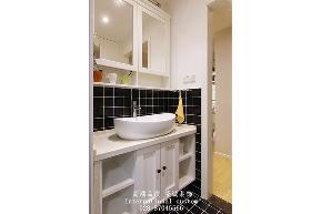 简约 二居 白领 收纳 旧房改造 80后 小资 舒适 温馨 卫生间图片来自fy1831303388在远大中央公园的分享