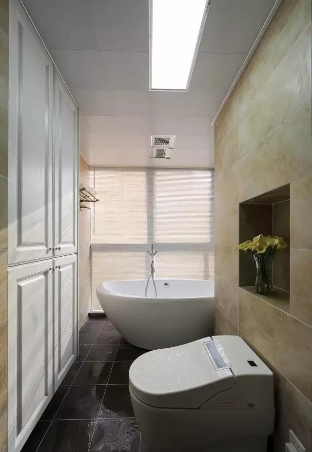 简约 欧式 田园 混搭 二居 三居 别墅 收纳 旧房改造 卫生间图片来自实创装饰晶晶在124㎡美式风大两居的分享