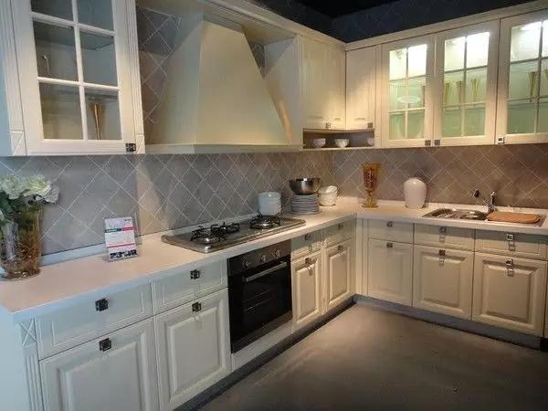 简约 欧式 田园 混搭 二居 三居 别墅 收纳 旧房改造 厨房图片来自实创装饰晶晶在124㎡美式风大两居的分享